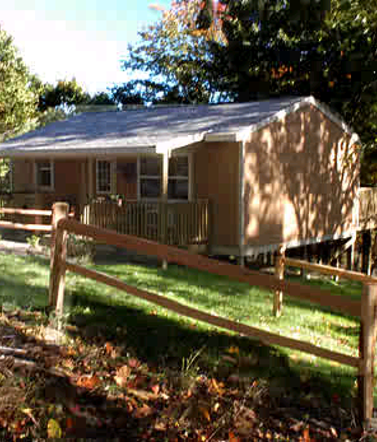 suites cabins near lodge cabin country lodging s berlin amish and ohio sojourner log columbus